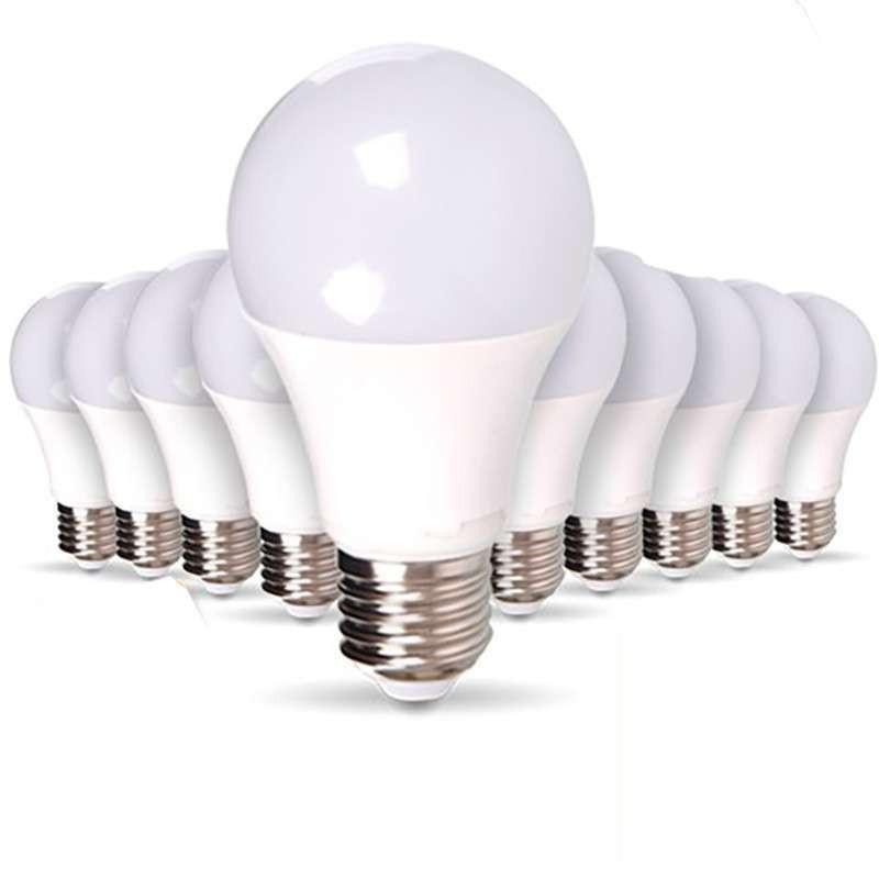 Lot de 10 Ampoules E27 10W A60...