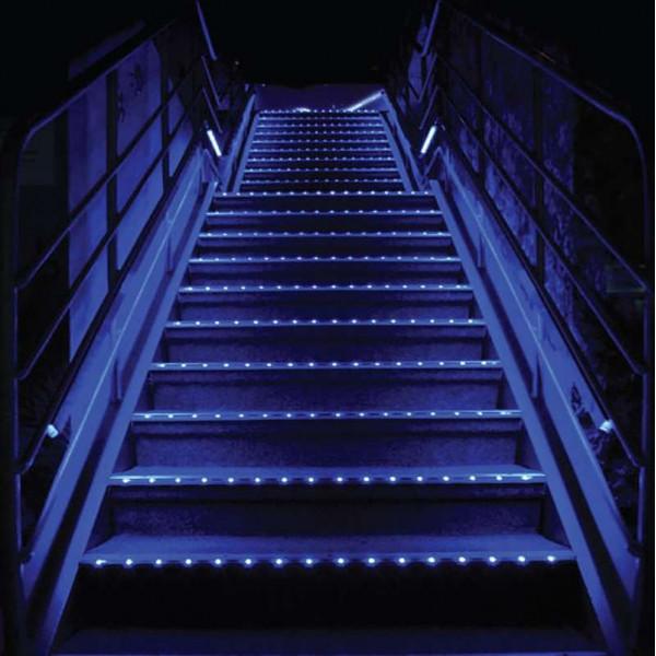 Profilé nez de marche LED pour escalier