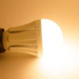 Ampoule LED B22 10W Ronde - éclairage 80W