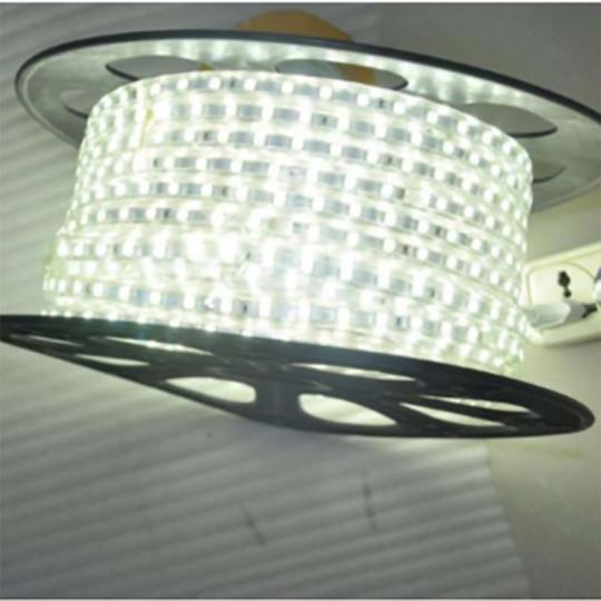 Ruban LED 220V étanche IP65 7W/m 60 LED/m