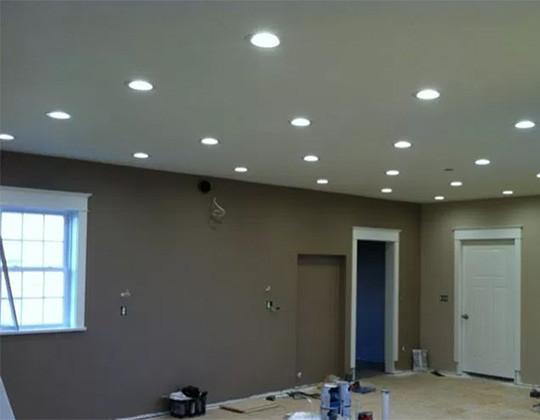Combien de spots ou ampoules LED pour une pièce ? Le Club LED