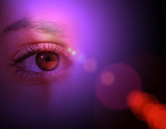 Les ampoules LED sont-elles un danger pour les yeux ? Le Club LED